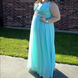 PLUS SIZE PROM DRESS (Cinderella)